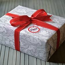 gift box wrapping cloud appreciation society junior gift box 7 years
