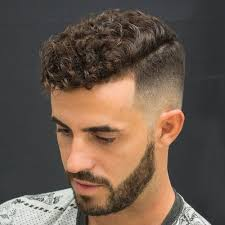 which hair style is suitable for curly hair medium height best 25 men with curly hair ideas on pinterest men curly hair