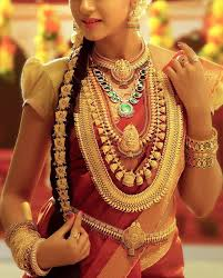 in kerala traditional gold jewellery