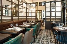 deco de restaurant les chouettes restaurant café vins paris