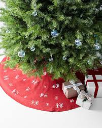 hable embroidered tree skirt hable