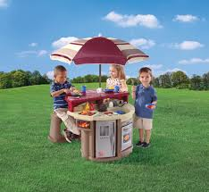 Amazon Backyard Playsets by Amazon Com Step2 Grill And Play Patio Cafe Toys U0026 Games