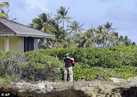 Obama Hawaii Vacation Home - obama u0027s annual holiday to hawaii costs 4m daily mail online