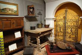 Spanish Colonial Furniture by File Spanish Colonial Household Exhibit Oakland Museum Of