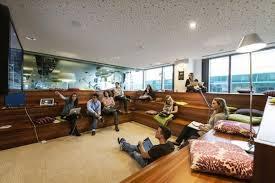 Google Ireland Office Amphitheatre Style Meeting Ro Google Office Photo Glassdoor