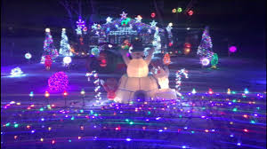 automobile alley christmas lights big christmas lights display in roseville michigan 4k video youtube