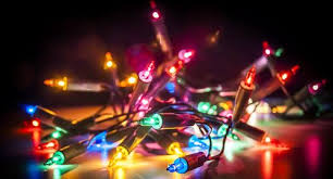 christmas lights led vs regular christmas lights pros cons comparisons and costs