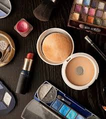 Professional Makeup Professional Makeup Kits Available In India