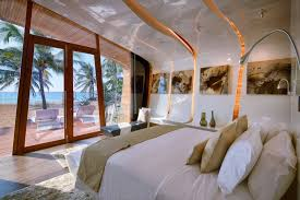 Beach Cottage Bedroom by Chic Beach Cottage Bedroom Ideas With Uniqeu Glossy Drop Ceiling