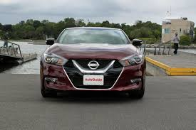 nissan maxima normal vs sport 9 things nissan shows off with the 2016 maxima autoguide com news