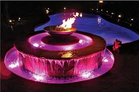 Outdoor Water Fountains With Lights 5 Dramatic Outdoor Fountains Luxury Pools