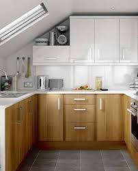 wooden kitchen cabinet wihte cabinet in modern small kitchen