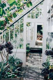 how much does it cost to build a greenhouse sproutabl