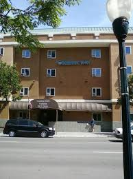 Comfort Inn Gas Lamp Corner Room Overlooking Street And Buco Di Beppo Roof Picture Of