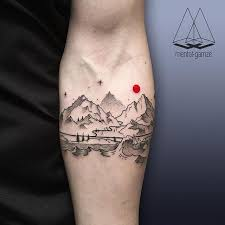 i like the idea of a black ink with one aspect highlighted