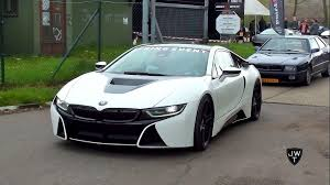 bmw white car matte white bmw i8 coupe drag racing vs other supercars
