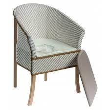 siege garde robe chaise percée réglable en hauteur à roulettes espace médical confort