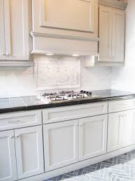 Slate Backsplash In Kitchen This Striking Marble Backsplash Pairs Well With These Shaker Style