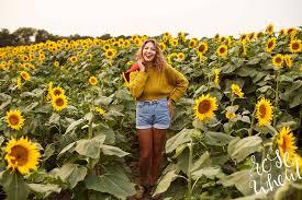 amber class of 2018 grinter sunflower farms lawrence ks senior