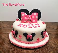 minnie mouse cake the bake more easy minnie mouse cake just ears and bows