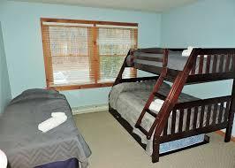 2 floor bed neng hotels