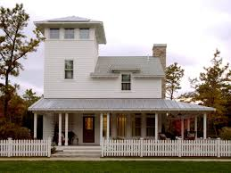 What Is Craftsman Style by Exterior Trim Molding And Columns Hgtv
