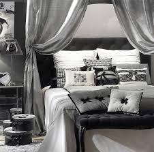 chambre en gris et blanc chambre gris fonce et blanc idées de décoration capreol us