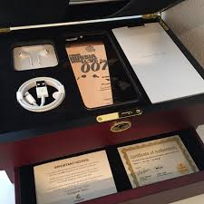luxury corporate gifts personalised gifts customisation services