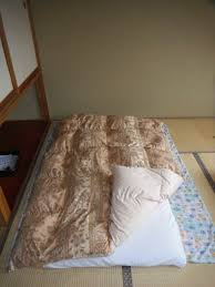 how to lay out and fold up a japanese futon