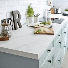 cuisine et plan de travail plan de travail stratifié effet marbre blanc mat l 315 x p 65 cm ep