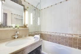Bathtub 3 Persons Hotel Arc Hotel Pavillon Opéra Bourse Booking Com