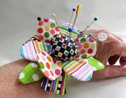 How To Make A Wrist Corsage Mamacjt How To Make A Pincushion Wrist Corsage