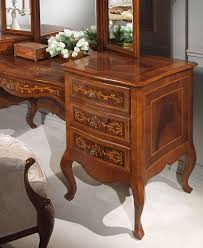 Antique Finish Bedroom Furniture by Classic Louvre Bedroom Bed Bench And Chest Of Drawers