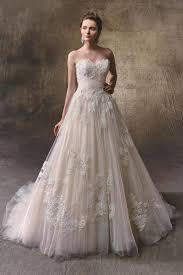 enzoani wedding dress levina wedding dress from enzoani hitched co uk
