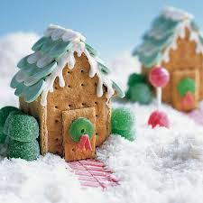 Images Of Christmas Decorated Houses Deck The Halls And Eat Them Too Edible Holiday Decor Ideas