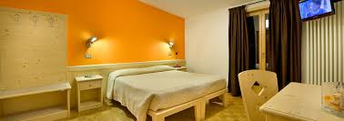 hotel bormio albergo vallecetta con giardino