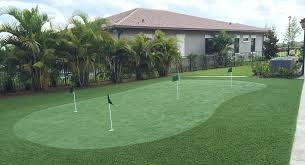 Backyard Golf Green by Home Putting Greens Backyard Synthetic Grass Putting Green