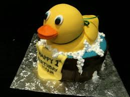 duck cake rubber duck 1st birthday cake trish s sweet dishes