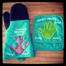 toddler handprint pot holders use washable fabric paint