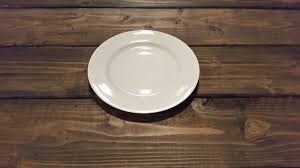 plate table top rent tabletop serving items olympic farm style events plates
