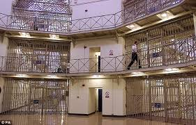 Prison Bunk Beds Prisoner Who Sued After Falling Out Of Bunk Bed Handed