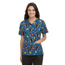 med couture unisex scrub top in on the mend