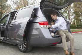 odyssey car reviews and news at carreview 2014 honda odyssey new car review autotrader