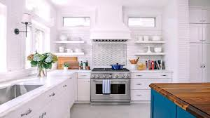 how do you clean yellowed white kitchen cabinets white kitchen cabinets turning yellow