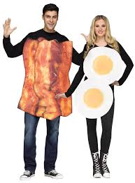 funny halloween gifts bacon and eggs couple costume sausage party film costumes ideas