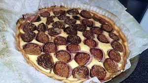 cuisiner figues fraiches recette de tarte amandine au figues fraiches