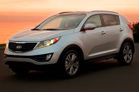 kia jeep sportage 2014 kia sportage offers updated 2 4l i 4 revised front grille