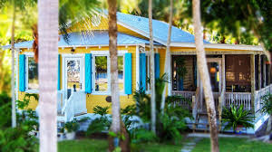 900 sq ft coastal home in everglades city florida adorable