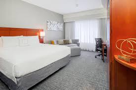 Hotels Near Six Flags Atlanta Ga Arlington Hotel Near Six Flags Over Texas Courtyard Dallas