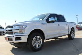 2017 ford super duty f 350 regular cab xlt 2 door 4wd pickup